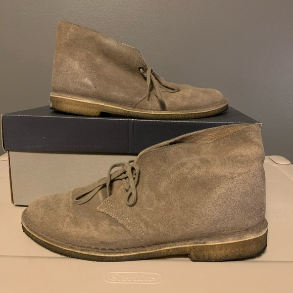 Clarks Desert Boots Taupe Suede Size 9